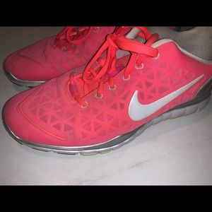 Nike Free fit 2 size 9